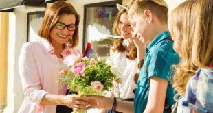 Подарки учителям: решите один раз и избавьтесь от головной боли